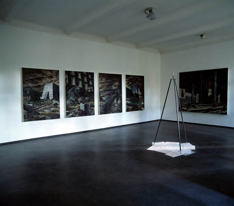 Statt Stativ  • Instead of Tripod - Galerie Kapinos, Berlin, 2004
